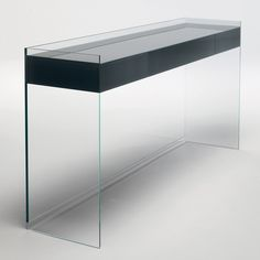 Explore Switch Modern for luxury design for contemporary Consoles by Glas Italia such as Float Glass Console. We're pleased to offer no sales tax* and our price match guarantee.