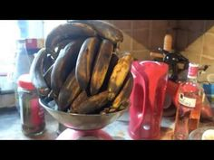 Banana Wine - Simply made. Guava Wine, Banana Wine, Homemade Wine, Home Brewing, Wine Recipes, Easy Meals, Vegetables, Youtube, Food