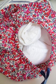 How to make a bolster cushion to store your winter duvet www.apartmentapothecary.com