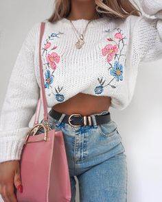 """9,641 Likes, 78 Comments - Lydia Rose (@fashioninflux) on Instagram: """"My new haul is liiive on my channel! Head to my story for the link - details on this jumper and bag…"""""""