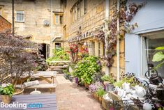 Badgers Hall- Cotswolds- outside area