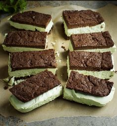 Low-Carb Peppermint Ice-Cream Sandwiches