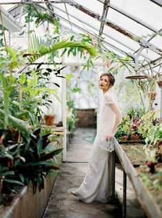 Moody Greenhouse Bridals | August & Osceola / G. Riggieri Photography | Wedding Sparrow