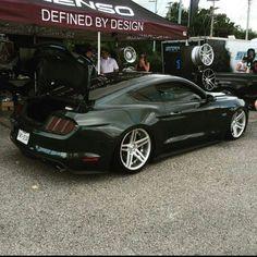 Ford Mustang 5.0 #coyote #gt Camaro Vs Mustang, Mustang Shelby Cobra, S550 Mustang, Ford Mustang Convertible, Ford Mustang Shelby, Mustang Cars, Ford Mustangs, Black Mustang, Classic Mustang