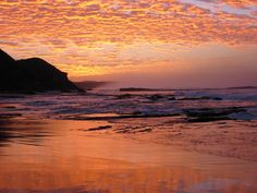 Sunrise in Wildernis South Africa Knysna, George South Africa, Beautiful World, Beautiful Gardens, Best Sunset, Victoria, Need A Vacation, Lonely Planet, Places To See