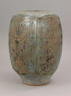 Chris Carter (British, b.1945) A squared Pot