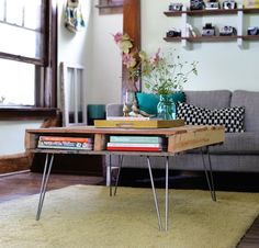 "The Best tips for ""How to UPCYCLE FURNITURE"" - Pallet Coffee Table"
