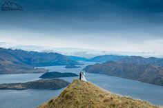 Bride and groom Coromandel Peak wedding. Heli wedding Wanaka New Zealand. Wedding photography