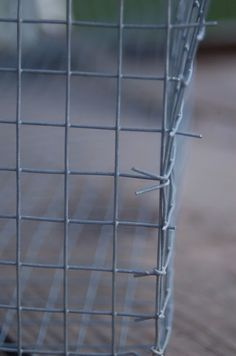 Making wire baskets