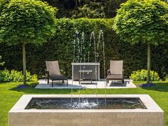 The freshness kick in the garden - Garten & Terrasse Landscaping With Fountains, Concrete Fountains, Garden Water Fountains, Fountain Garden, Outdoor Fountains, Front Yard Patio, Front Yard Landscaping, Landscaping Plants, Water Fountain Design
