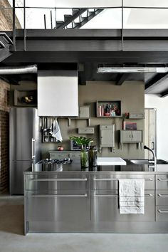 loft kitchen, love the old, blended in cabinets against the modern kitchen Loft Kitchen, Farmhouse Style Kitchen, Home Decor Kitchen, Kitchen Furniture, Kitchen Interior, Home Kitchens, Industrial Furniture, Industrial Kitchens, Industrial Lamps