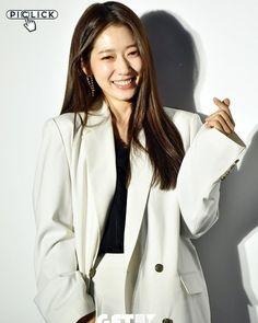 The Heirs, Seoul Fashion, Korean Fashion, Park Shin Hye, Korean Actresses, Korean Drama, Makeup Inspiration, Angels, Kpop