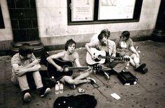 Músicos callejeros por Mark Brooks | 22 Fotos increíbles tomadas por indigentes que te devolverán la fe en la humanidad