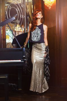 threadsence:  This sequined maxi skirt is everything. (via High Society Rebel)