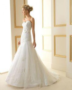 179 TREVOL / Wedding Dresses / 2013 Collection / Luna Novias