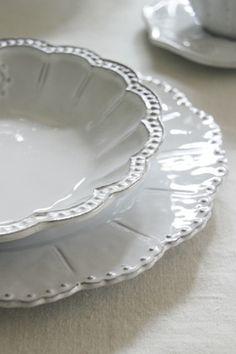 Tableware in White <3