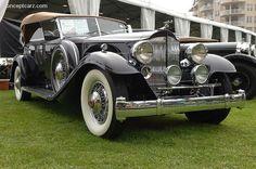 1932 Packard Modelo 906 Twin Six Imagen, Plus 100s of Classic Cars   http://www.pinterest.com/njestates/cars/    Thanks to  http://www.njestates.net/real-estate/nj/listings