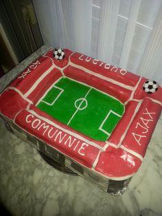 voetbal stadion taart