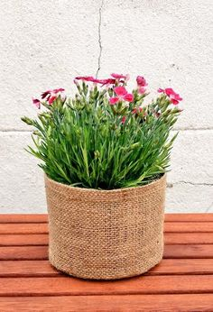 handmade burlap hessian rustic plant vase basket bag via etsy great gift idea. Black Bedroom Furniture Sets. Home Design Ideas