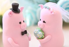Pigs wedding cake toppers  cute bride and groom by PassionArte, $109.00