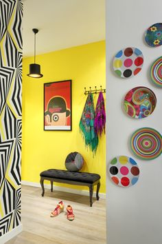 A mix of warm and cool colors, this palette encourages you to BE BOLD and to live life by flinging yourself into its arms. Step out with confidence to be in a world that breathes with opportunities and say yes to love, beauty and experiences. Interior Exterior, Interior Design, Color Trends 2018, Warm And Cool Colors, Entrance Hall, House Colors, Kitsch, Live Life, Art Deco