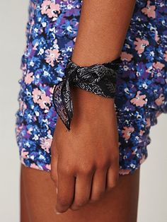 bandana bracelet, ive done this before & loved it. Nice touch!