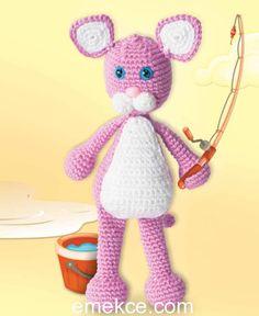 Amigurumi Crochet The Pink Panther (Pembe Panter) Free Pattern Yapılışı Crochet Toys Patterns, Stuffed Toys Patterns, Knitting Patterns, Crochet Frog, Crochet Baby, Crochet Strawberry, Pink Panthers, Amigurumi Doll, Free Pattern