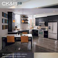 Laminate Kitchen Cabinets – Another Good Alternative to Every Kitchen Style Small Open Kitchens, Black Kitchens, Cool Kitchens, Kitchen Black, Open Kitchen Cabinets, Kitchen Cabinet Design, Dark Cabinets, Kitchen Shelves, Kitchen Utensils
