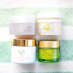 Tonight, I am staying in and doing a facemask because tomorrow I am taking over all day for an inside look at New York Fashion Week! Foods For Healthy Skin, Skin Food, Perfect Skin, Beauty Essentials, Glowing Skin, Helpful Hints, Juice, Health And Beauty