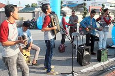 Malaysia-Ipoh allows buskers to play on the streets - http://streetiam.com/ipoh-allows-buskers-to-play-on-the-streets/