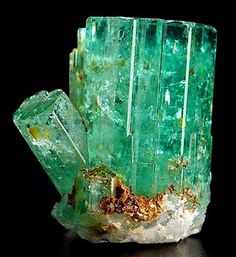 of Rings Emerald; the green variety of the mineral beryl. framework silicate, although so. the green variety of the mineral beryl. framework silicate, although sometimes argued as a ring silicate. shown here in a hexagonal prism.