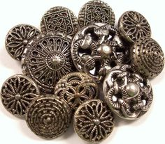 VINTAGE Twinkle Buttons