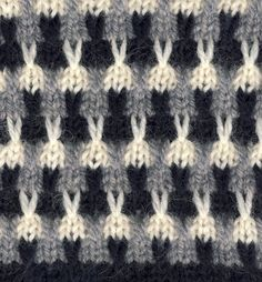 Punomo tee itse neulonta kolmivÄrinen pintaneulos with chart text in finnish must be slip stitch Slip Stitch Knitting, Knitting Charts, Easy Knitting, Double Knitting, Baby Knitting Patterns, Knitting Designs, Knitting Socks, Stitch Patterns, Crochet Stitches