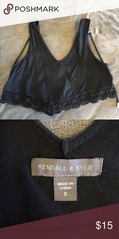 Kendal and KYLIE crop top Kendal and Kylie crop too from pac sun. Never worn in great condition! Kendall & Kylie Tops Crop Tops