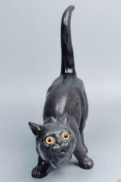Old or Antique Majolica Cat Figurine Terracotta Faience Roof  -  высота: 12 5/8 дюймов. Ширина: 9 дюймов. Диаметр: 3 дюйма