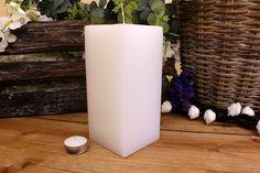 Κεριά μασίφ τετράγωνα σε χρώμα λευκό ΤΧ0920ΧΛΕ. Πλευρά: 9εκ. Ύψος: 20εκ. Pillar Candles, Taper Candles