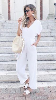 Short Sleeve Jumpsuit | Affordable Jumpsuits #jumpsuit #strawbag #allwhite #trendy