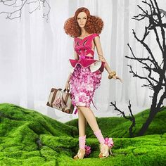 New DeMuse Aveline Noelle, into the woods for pre-order at our official site www.nigelchia.com   #DeMuse #demusedoll #highfashion #doll #fashiondoll #wonderland #intothewoods #intothewild #photography #fashionphotography #dollfashion #pink #bighair #miniature