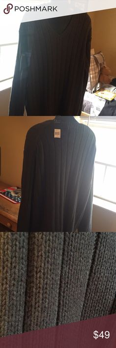 Polo Ralph Lauren Men's Sweater Men's NWT Polo RL Dark Gray Cable Knit Sweater . This is a pullover V neck sweater 100% Cotton with cotton patches on elbows.  Size XL.   Was a gift and did not fit my husband. Polo by Ralph Lauren Sweaters V-Neck