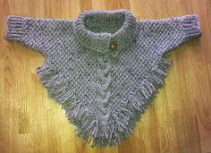 Kollar-sac-proud-duck-wrestling - Everything About Knitting Knitting For Kids, Baby Knitting, Crochet Baby, Knit Crochet, Baby Patterns, Knitting Patterns, Crochet Patterns, Toddler Poncho, Poncho With Sleeves