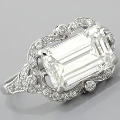 Emerald-cut Diamond Ring Art Deco Style Platinum