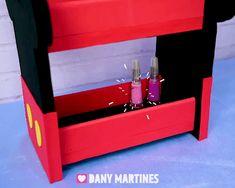 Mini Estante do Mickey, Dany Martines