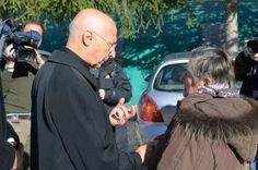 Terremoto, la visita del cardinale Bagnasco a Norcia e Preci