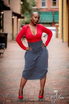 business attire for women Black Women Fashion, Curvy Fashion, Look Fashion, Skirt Fashion, Fashion Outfits, Womens Fashion, Fashion Fall, Fashion Styles, Fashion Edgy