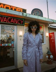 Samara Donda | Schon! Magazine - VISION Los Angeles photography by Lou Escobar Beach Editorial, Editorial Fashion, Samara, Horror Photos, Schon Magazine, Poster Design, Aesthetic People, Film Inspiration, Poses