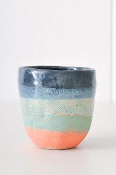 Small tea cup from New York-based, Japanese ceramicist Shino Takeda Ceramic Clay, Ceramic Pottery, Slab Pottery, Thrown Pottery, Ceramic Bowls, Ceramica Artistica Ideas, Cerámica Ideas, Keramik Design, Mug Design