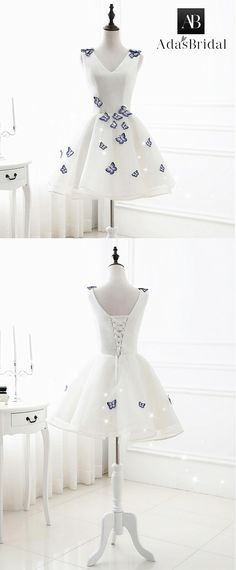 In Stock Modest Tulle V-neck Neckline Short Length A-line Homecoming dresses With Embroidery Butterfly
