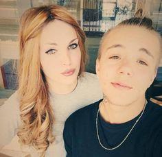 Il matrimonio trans: Alessia Cozzi, nata Alessio, e Davide Martino, nato Valentina, si sono detti sì al Comune di Orbetello. Ora partiranno per l'Ucraina per tentare di avere un figlio con l'utero in affitto.