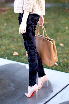 Nude Louboutin heels & Prada tote