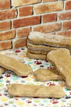 Hypoallergenic Dog Treats: Coconut Peanut Butter Bones: Need a yummy new hypoallergenic dog treats recipe for rewarding your pooch? Try these delicious & easy peanut butter bones made with coconut flour!